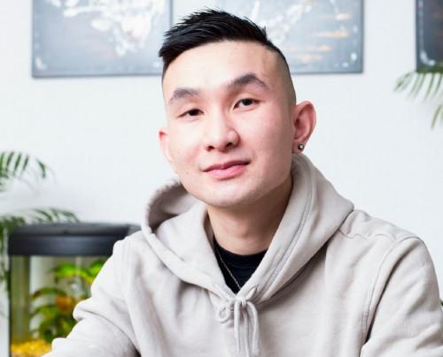 Dȗng Hoàng: Een zachte doorzetter vol kracht