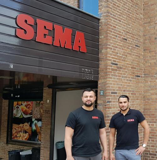 Omar verruilt boten in Syrië voor broodjes in Nederland