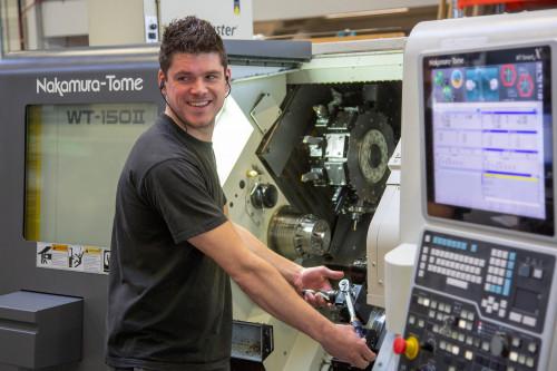 Werken én leren in de technische industrie?